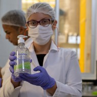 É comprovada a eficácia do Álcool em Gel contra germes e bactérias